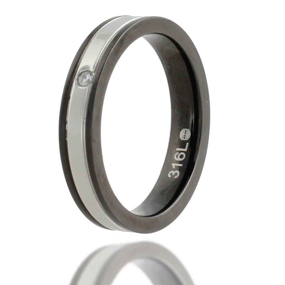 316L Stainless Steel and Cubic Zirconia Black Rim Elegant Ring, Size 6.5