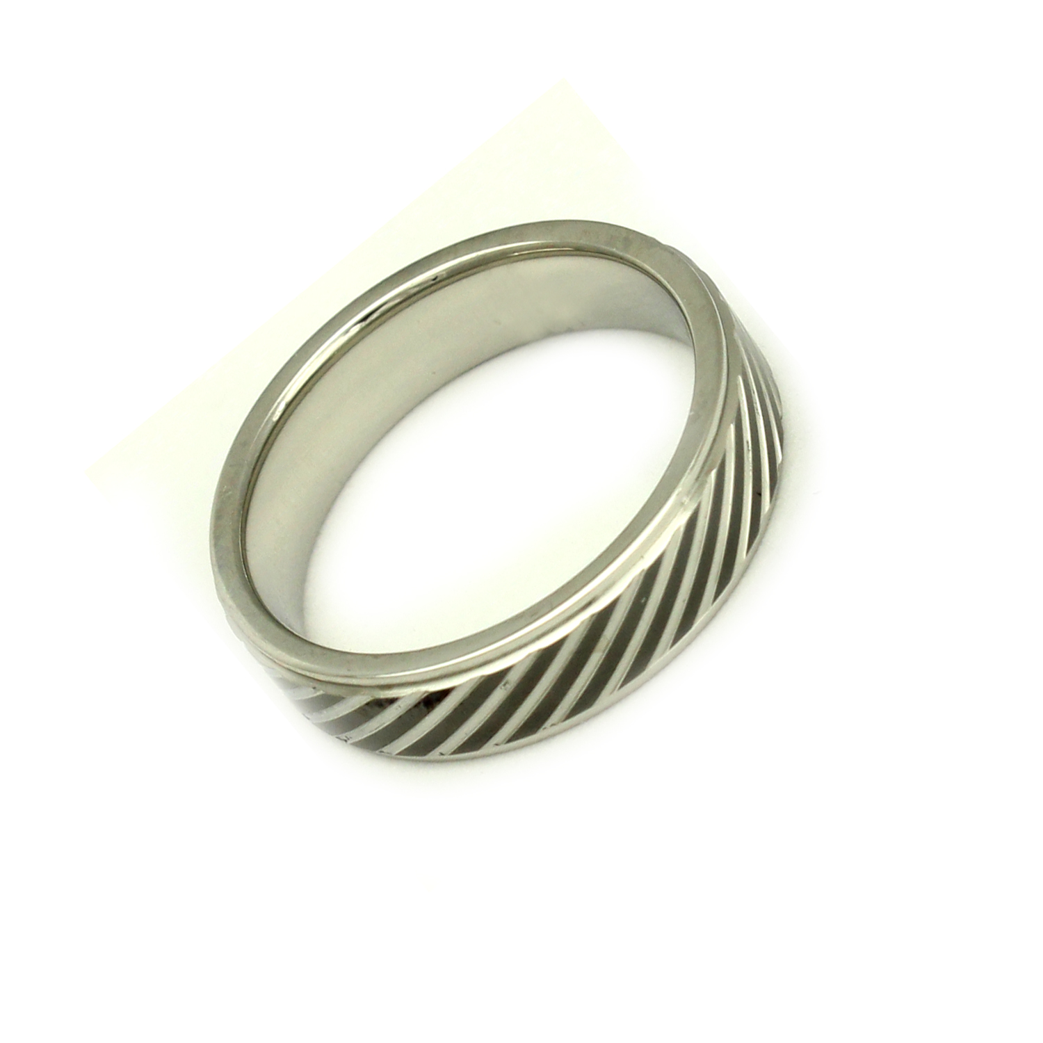 316L Stainless Steel and Black Elegant Diagonal Trendy Fashion Ring, Size 6.5