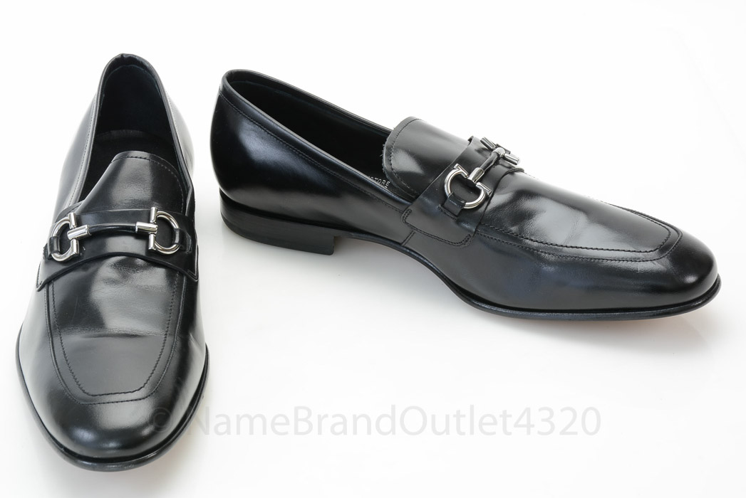 ... Ferragamo black 10.5 EE D leather Gancini Bit loafer shoe NEW MISMATE